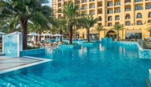 Doubletree by Hilton Marjan Island pool